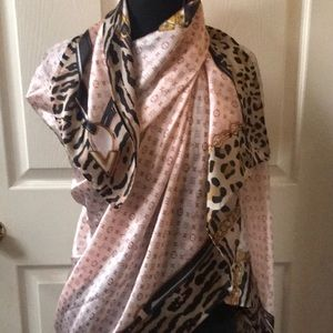 Authentic Louis Vuitton monogram leopard scarf